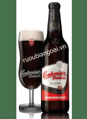 Bia Tiệp Budweiser Budvar Dark 4,7% – chai 330ml