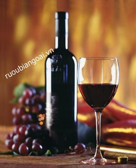 Cách uống rượu vang đỏ