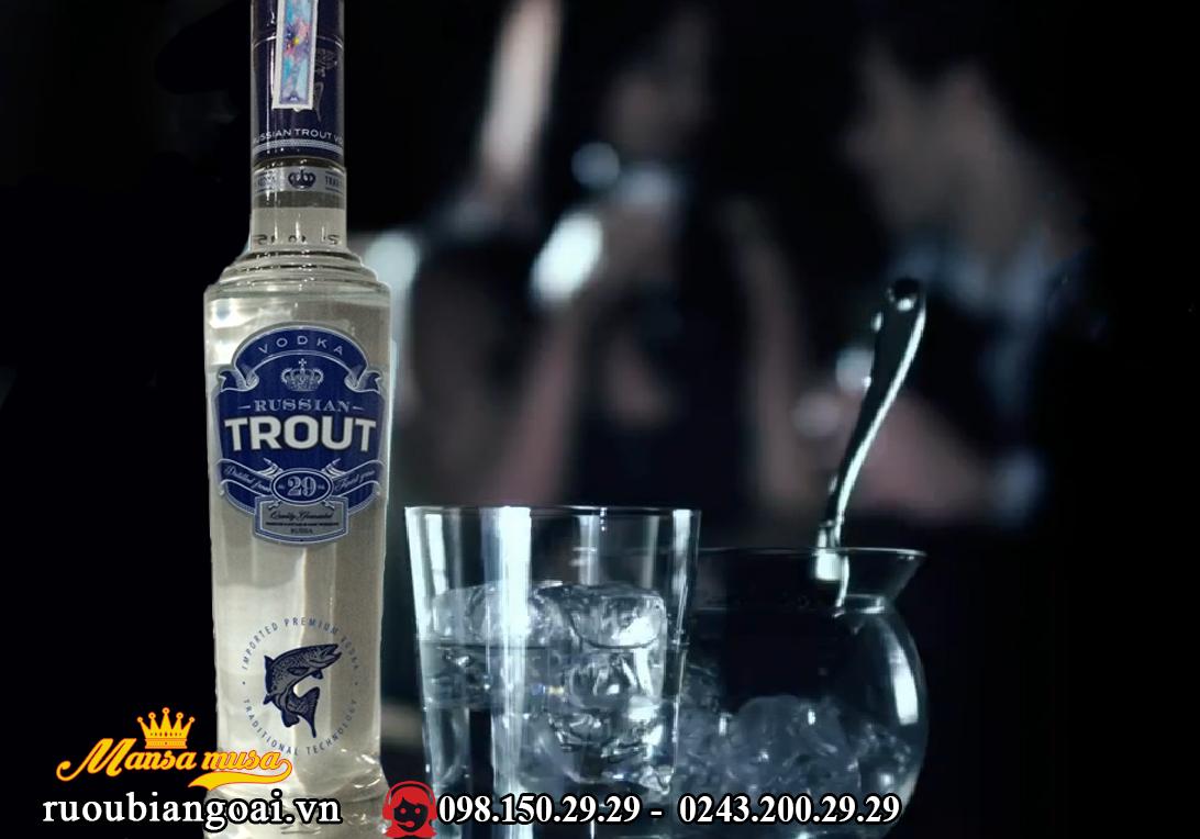Ruou VodKa Trout (Ca Hoi)