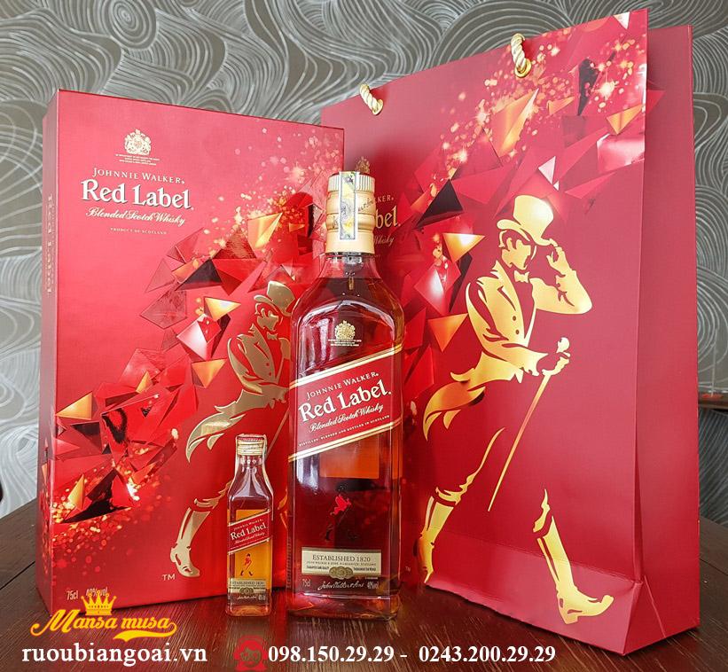 Hộp quà tết rượu Johnnie walker red label