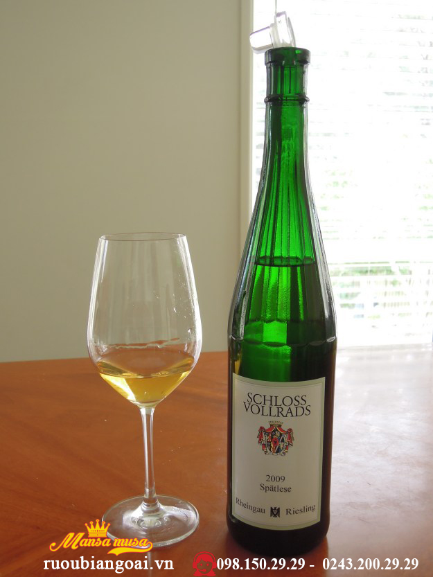 Vang Đức Sholoss Vollrads, Estate Riesling ( fruity sweet)