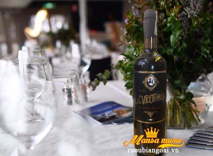 Rượu vang ngọt Ý La Vittoria